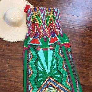 Dresses & Skirts - Vibrant beach dress